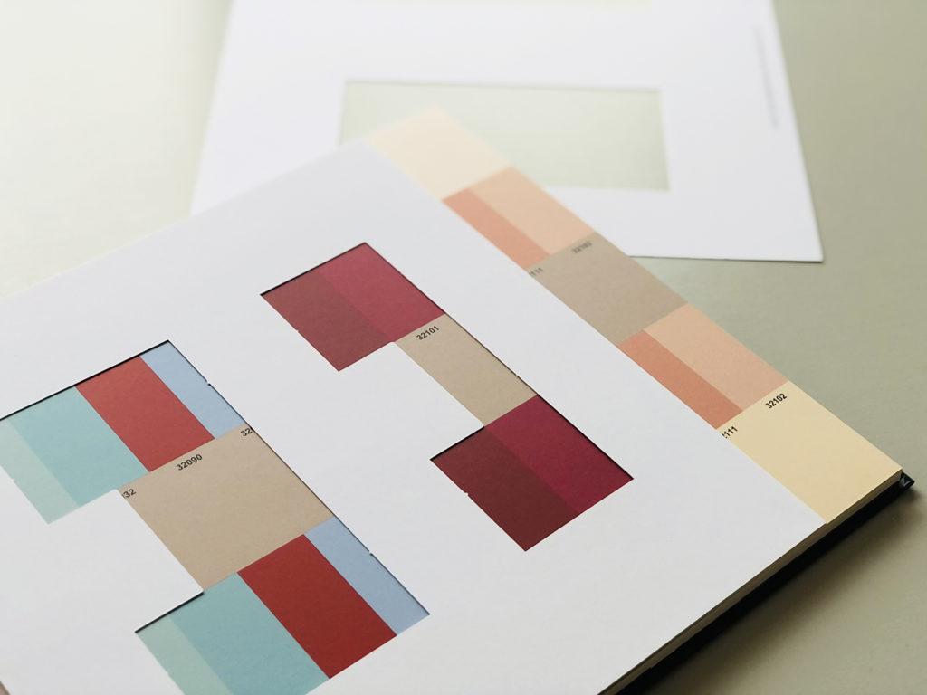 Farbenklaviatur als Hilfsmittel zur Farbfindung für das Schlafpodest.